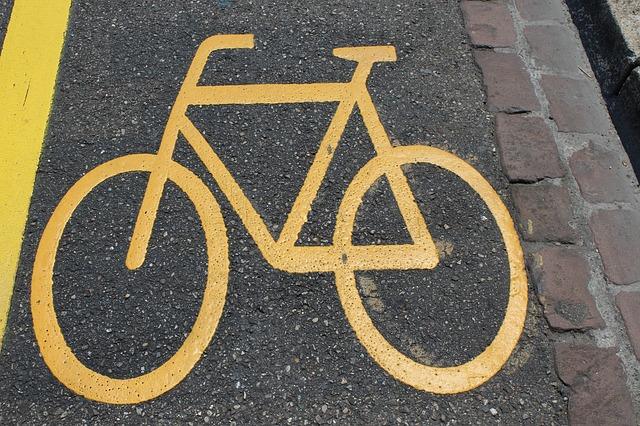 bike-834749_640