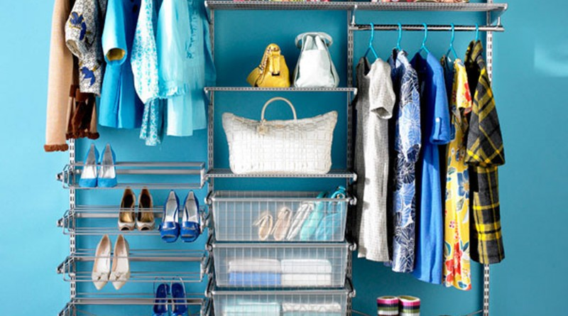clear-wardrobe-placement-and-decor