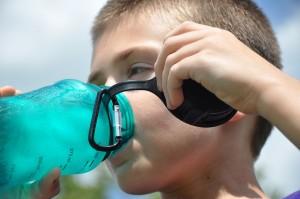 Tartós, Bisfenol-A mentes kulacs vagy üveg, vagy műanyag - nem nehéz magaddal vinni: Kép: Piabay