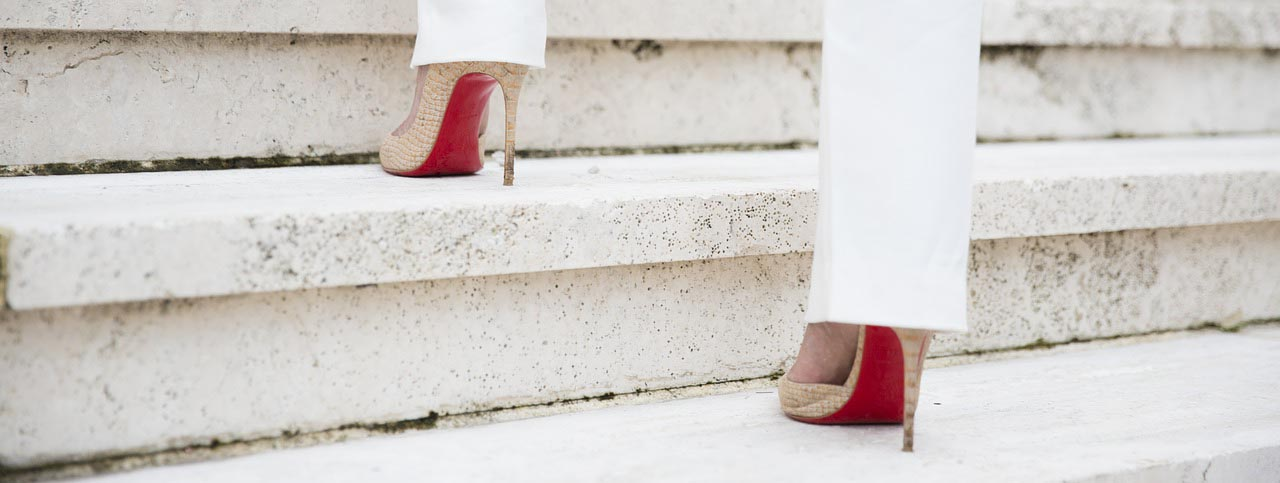 steps-3065531_1280